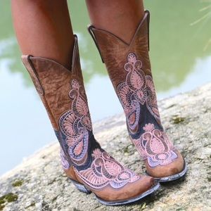 Gorgeous Old Gringo Bell Brass Boots ( Pink) 9.5